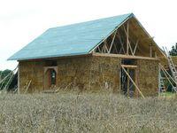 Maison paille en construction