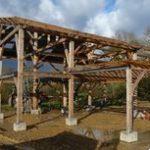 Poteaux bois et toiture