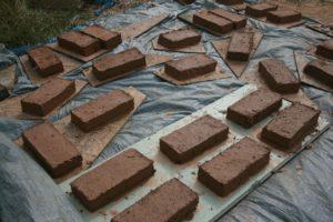 Stage pratique briques de terre crue @ Pléneuf Val André (22) @